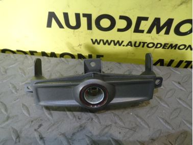 12 V zásuvka 4F0863351E 8D0919343 - Audi A6 C6 4F 2006 Avant Quattro 3.0 TDI 165 kW BMK HKG