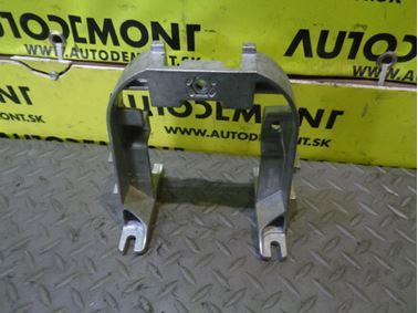 Držiak lakťovej opierky 4F0864283 4F0864283A 4F0864283B - Audi A6 C6 4F 2006 Avant Quattro 3.0 TDI 165 kW BMK HKG