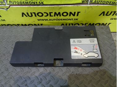 Kryt baterky 4F0915429C - Audi A6 C6 4F 2006 Avant Quattro 3.0 TDI 165 kW BMK HKG