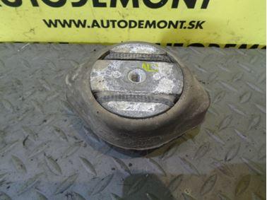 Silentblok prevodovky 3B0399151 4B0399151M - Audi A6 C6 4F 2005 Sedan Quattro 3.0 TDI 165 kW BMK GZW