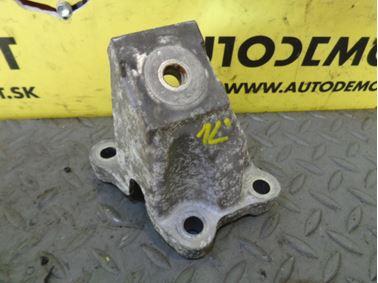 Vzpera - držiak motora 4F0199307AA - Audi A6 C6 4F 2006 Avant Quattro S - Line 3.0 TDI 165 kW BMK HKG