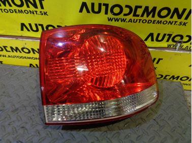 Pravé zadné svetlo 7L6945096K - Volkswagen VW Touareg 7L 2005  5.0 Tdi V10 230 kW BLE HAQ