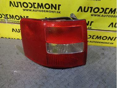 Ľavé zadné svetlo 4B9945095F - Audi A6 C5 4B 2003 Allroad Avant Quattro 2.5 TDI 132 kW AKE EYJ