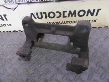 Pravý - Ľavý predný držiak brzdového strmeňa 4F0615125 251615219 - Audi A6 C6 4F 2006 Avant Quattro 3.0 TDI 165 kW BMK HKG