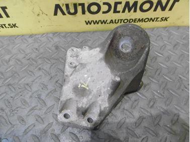 Vzpera - držiak prevodovky 4F0399113B - Audi A6 C6 4F 2008 Avant Quattro S - Line 3.0 Tdi 171 kW ASB KGX