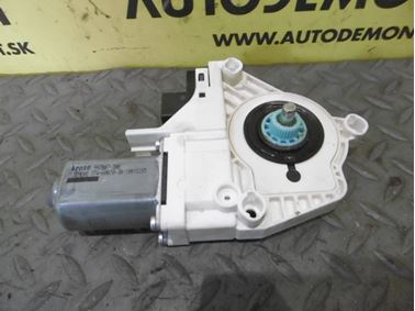Ľavý zadný motorček okna 4F0959801F - Audi A6 C6 4F 2008 Avant Quattro S - Line 3.0 Tdi 171 kW ASB KGX