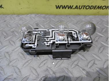 Zadný držiak žiaroviek 4B9945221 - Audi A6 C5 4B 2003 Allroad Avant Quattro 2.5 TDI 132 kW AKE EYJ