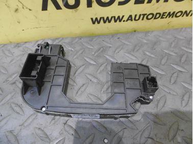 Podvolantová jednotka 4F0953549A 4F0910549 - Audi A6 C6 4F 2006 Avant Quattro 3.0 TDI 165 kW BMK HVE