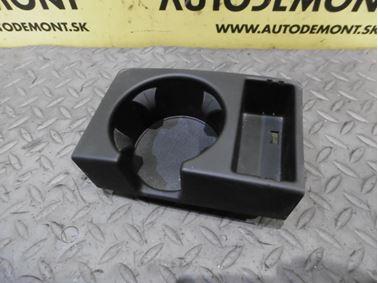 Držiak pohára 4F1862534B 4F1862534F - Audi A6 C6 4F 2006 Avant Quattro 3.0 TDI 165 kW BMK HVE