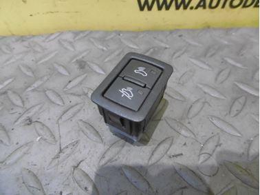 Spínač na deaktiváciu alarmu a ochranu proti odtiahnutiu 4F0962109 4E0962109 - Audi A6 C6 4F 2006 Avant Quattro 3.0 TDI 165 kW BMK HVE