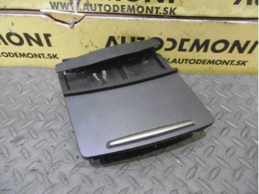 Predný popolník 4F1857951C - Audi A6 C6 4F 2006 Avant Quattro 3.0 TDI 165 kW BMK HVE