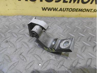 Pravý predný horný pánt dverí 8E0831402B - Audi A6 C6 4F 2006 Avant Quattro 3.0 TDI 165 kW BMK HVE