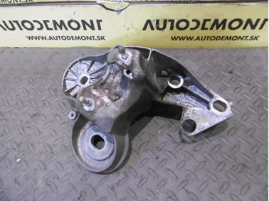 Vzpera - držiak motora 4F0199351H 4F0199351S - Audi A6 C6 4F 2006 Avant Quattro 3.0 TDI 165 kW BMK HVE