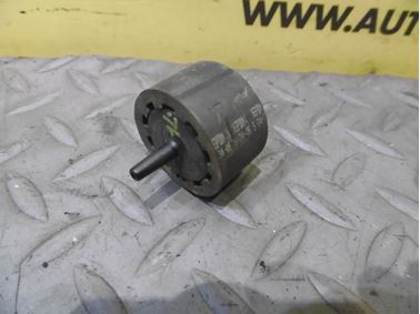 Spätný ventil 046905291A - Audi A6 C6 4F 2006 Avant Quattro 3.0 TDI 165 kW BMK HVE