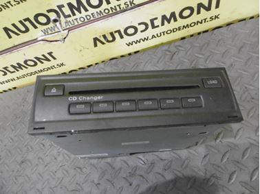 CD menič 4E0035111A 4E0910111F - Audi A6 C6 4F 2006 Avant Quattro 3.0 TDI 165 kW BMK HVE
