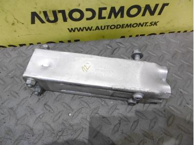 Pravý držiak predného nárazníka 4F0807134 - Audi A6 C6 4F 2006 Avant Quattro 3.0 TDI 165 kW BMK HVE