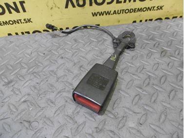 Ľavé - Pravé predné zapínanie bezpečnostného pásu 8E0857755D 8E0857755Q - Audi A6 C6 4F 2006 Avant Quattro 3.0 TDI 165 kW BMK HVE