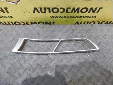 Ľavý predný kryt vnútornej kľučky dverí 4F0867489A - Audi A6 C6 4F 2006 Avant Quattro 3.0 TDI 165 kW BMK HVE