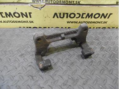 Pravý - Ľavý predný držiak brzdového strmeňa 4F0615125 251615219 - Audi A6 C6 4F 2006 Avant Quattro 3.0 TDI 165 kW BMK HVE