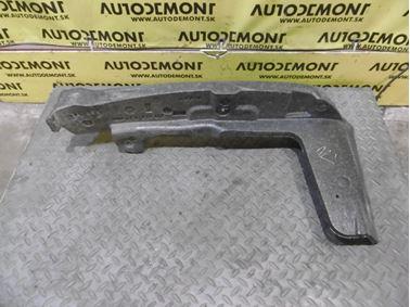 Polystyrén pravého blatníka 4F0821112 - Audi A6 C6 4F 2006 Avant Quattro 3.0 TDI 165 kW BMK HVE