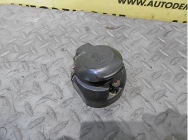 Zásuvka ťažného zariadenia 3D0945505 - Audi A6 C6 4F 2006 Avant Quattro 3.0 TDI 165 kW BMK HVE