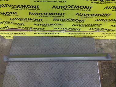 Ľavá predná lišta dverí 4F9853959B - Audi A6 C6 4F 2008 Allroad Avant Quattro 3.0 Tdi 171 kW ASB KHC