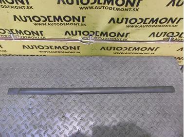 Pravá zadná lišta dverí 1S71F25532 - Ford Mondeo MK3 2002 5 dv. hatchback 2.0 TDDi 85 kW