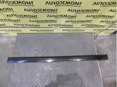 Ľavá predná lišta dverí 8D0853953B - Audi A4 B5 8D 2000 Avant 1.9 Tdi 85 kW AJM DUK