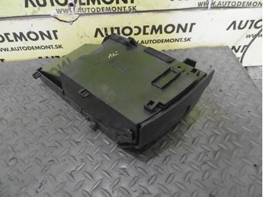 4B0882622R 4B0882604 4B0882628 4B0882622 8L0882626 - Pravý predný odkladací box - Audi A6 1998 - 2005 A6 Allroad 2000 - 2005