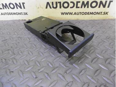 4B0885995A 4B0885995B 4B0885996 - Držiak pohára - Audi A6 1998 - 2005 A6 Allroad 2000 - 2005