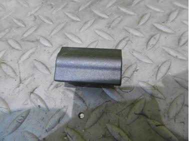 Záslepka pre držiak rádia DIN 1U0858179C - Škoda Octavia 1 1U 2002 Sedan Elegance 1.9 Tdi 81 kW ASV EGS