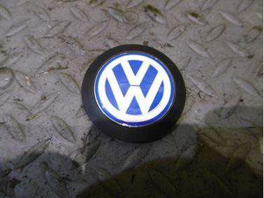 036103940C - Znak VW