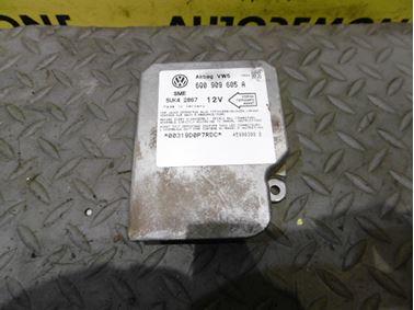 6Q0909605A 5WK42867 - Riadiaca jednotka airbagov