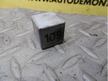1J0906381A 109 - Relé